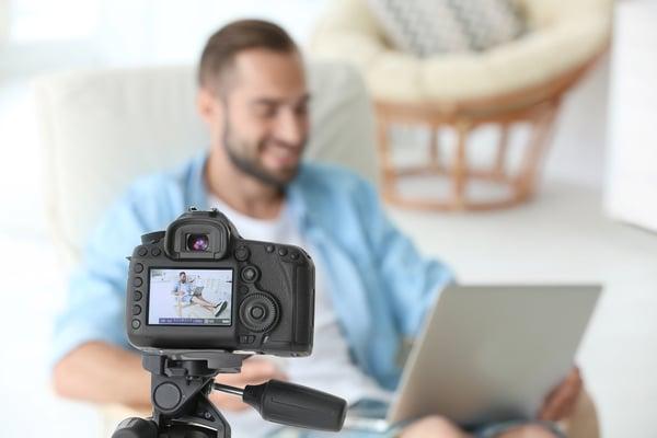 Blogger recording video